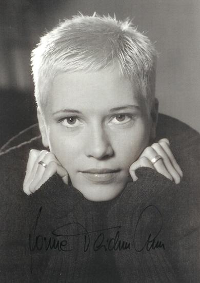 <b>Yvonne Teichmann</b> 2 - 0b602a6a-a1ed-cc16-b3fa-785d2a0d9227